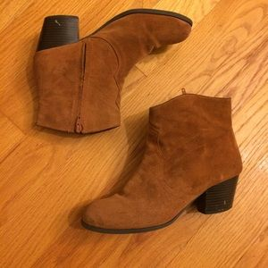 Lucky brand suede leather booties brown 8.5